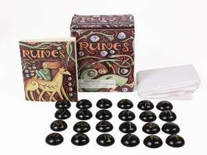 Runes: Unlock the Secrets of the Stones de Sarah O'Brien