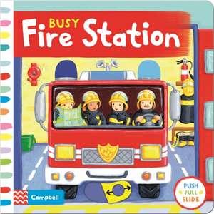 Busy Fire Station de Rebecca Finn